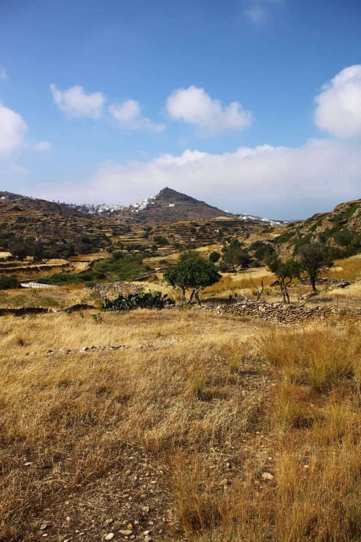 View of Ios village (C) Matt Wilson